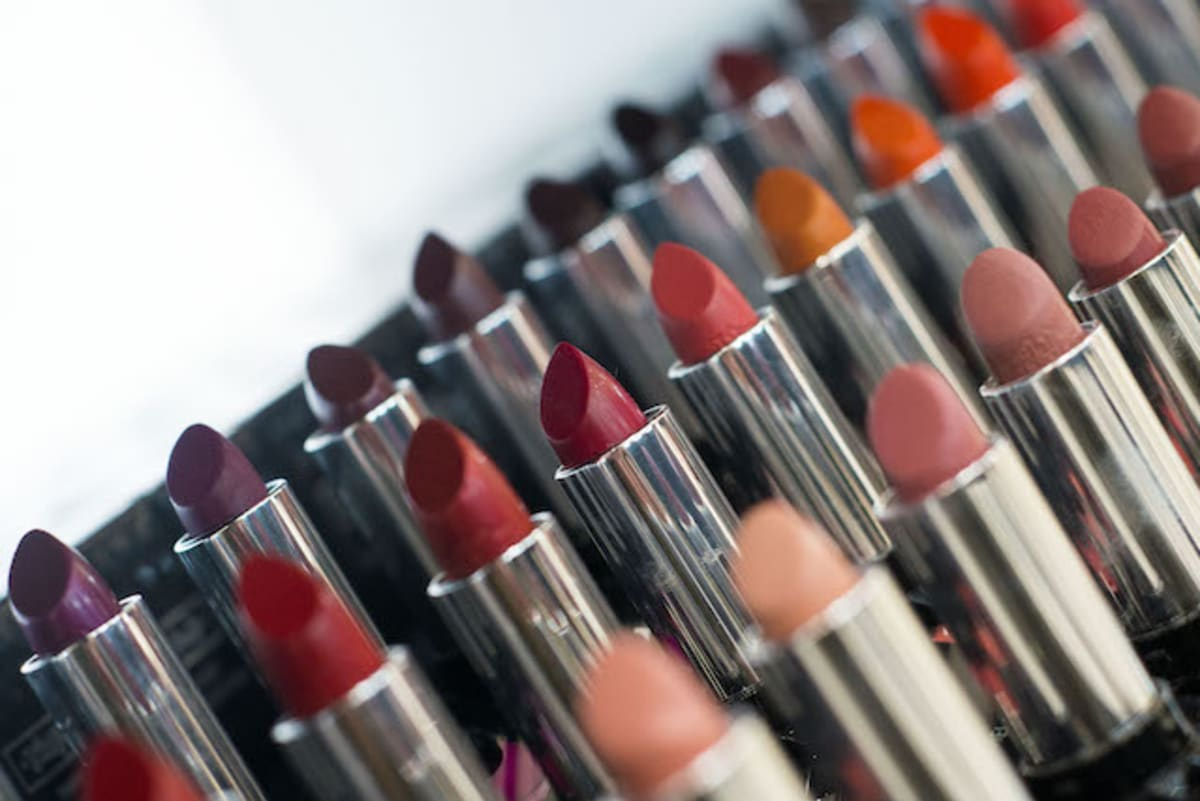LAPD Seizes $700,000 Worth of Bootleg Makeup