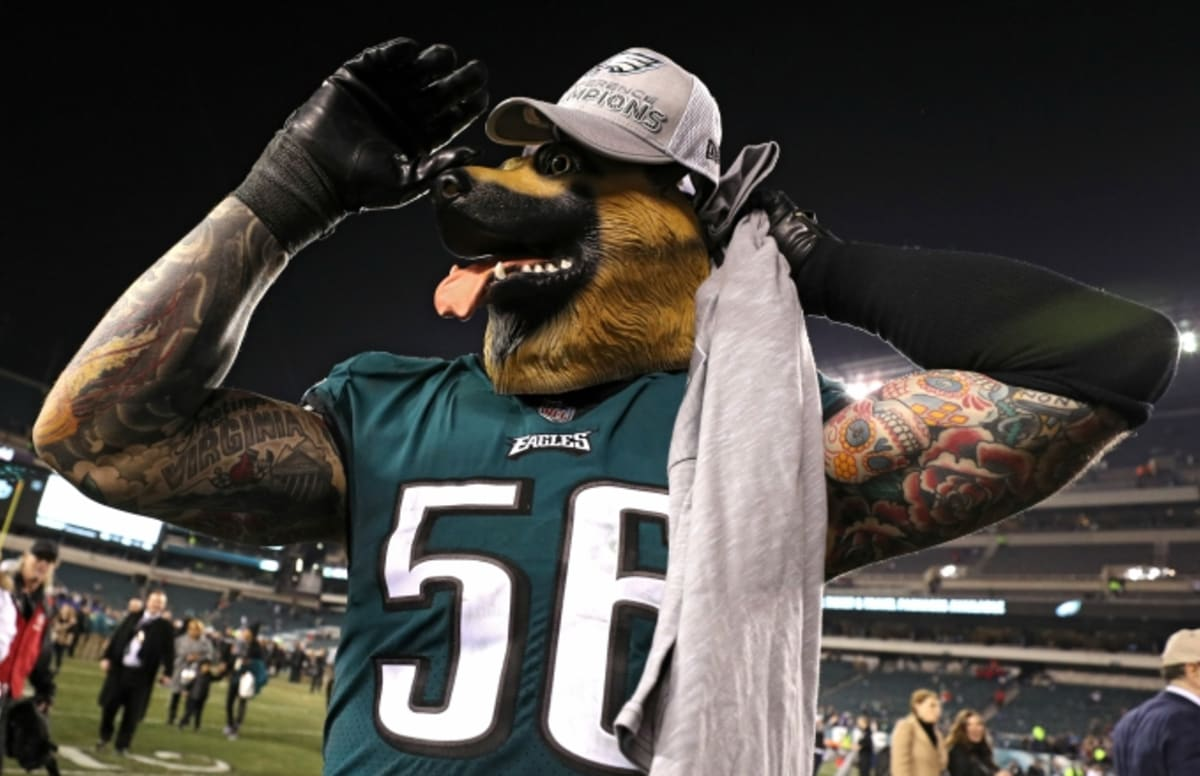 Chris Long Made a Wild Super Bowl Bet With One of His Eagles Coaches ... 4ba4a09a8