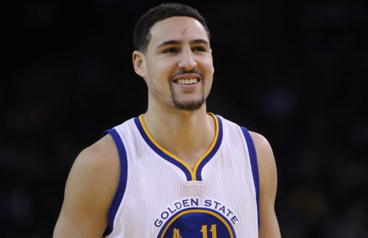 Klay Thompson Says He\u0027s Willing to Take a Pay Cut to Stay With the Warriors