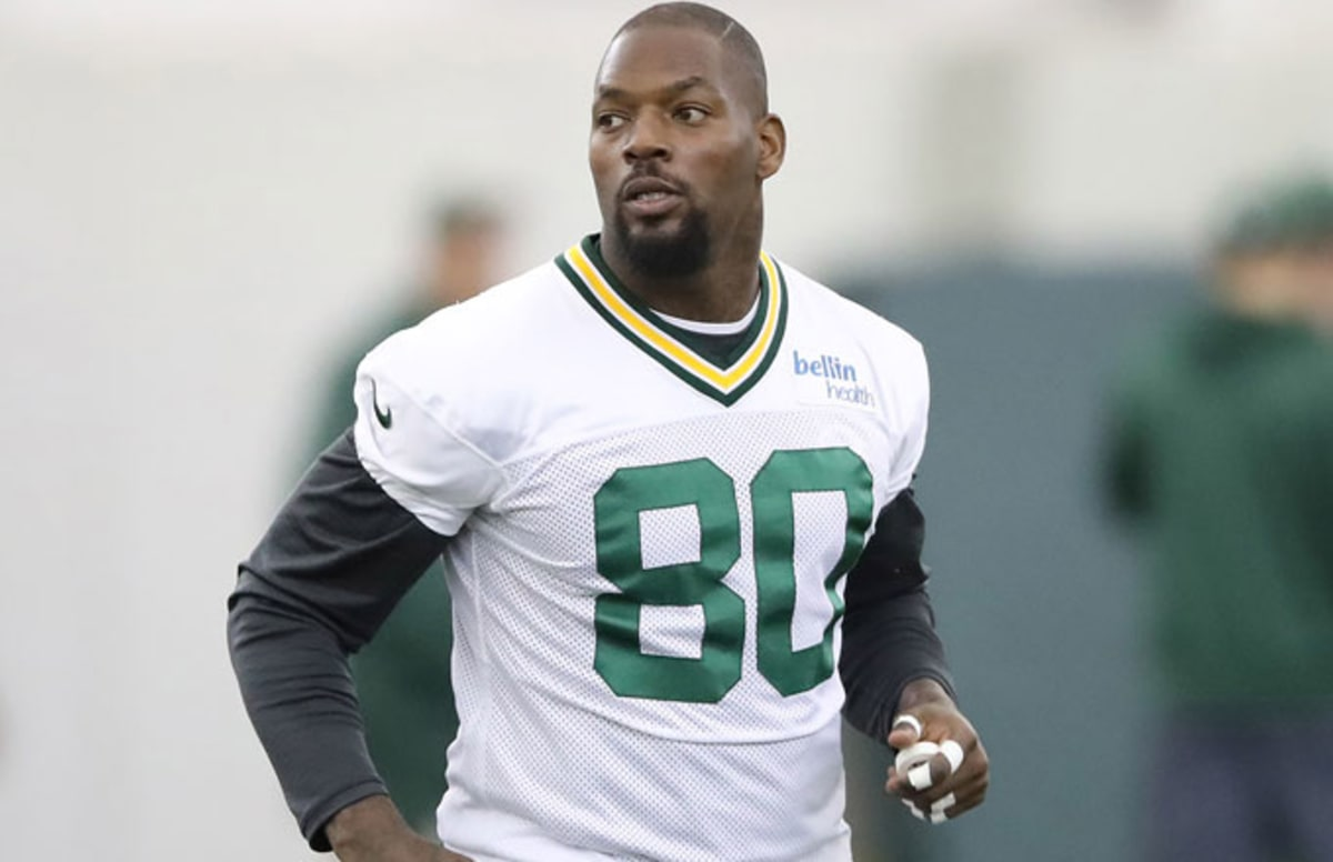 Recently Released Tight End Martellus Bennett Claims Packers Knew
