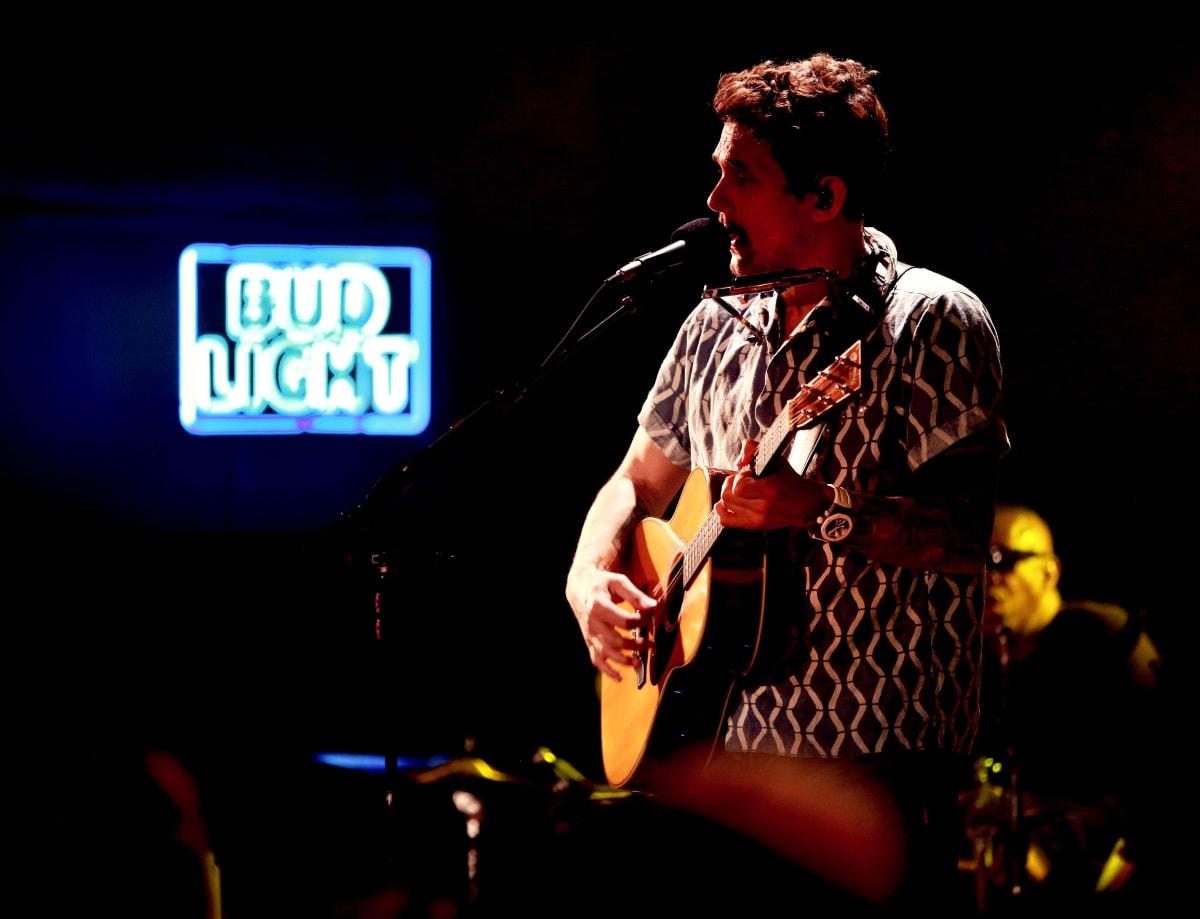 How To Ambush A John Mayer Super Fan Complex