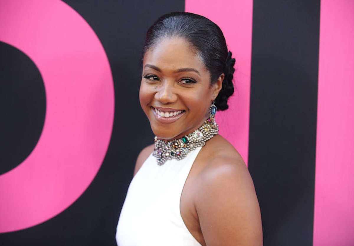 Tiffany Haddish Is The First Black Woman To Host The Mtv -5078