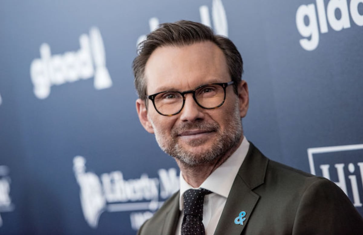 Christian Slater Gets Angry at Reporter Who Asked About His Abusive ...