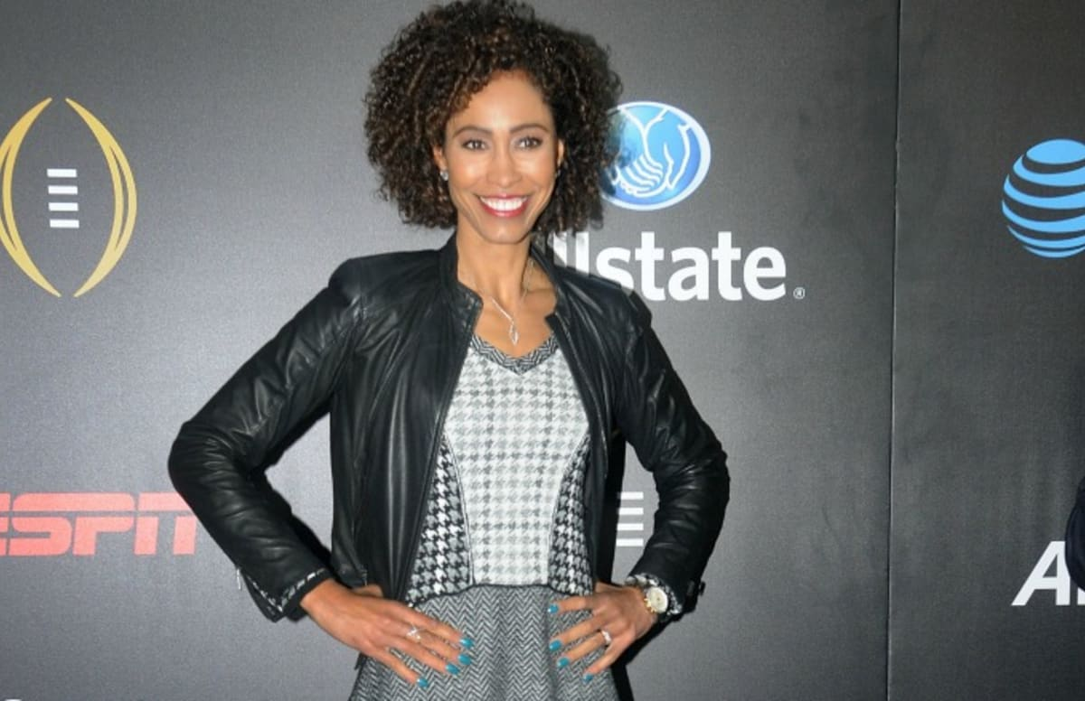 espn u0026 39 s sage steele blasted for criticizing lax airport