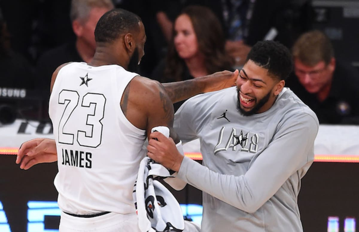 b6c743753fb LeBron Weighs in on Possibility of Anthony Davis or Carmelo Anthony Joining  Lakers