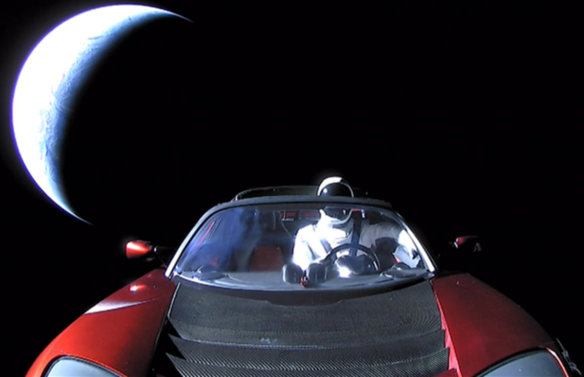 Astronomers Are Not Convinced Elon Musk's 'Starman' Will Reach the Asteroid Belt