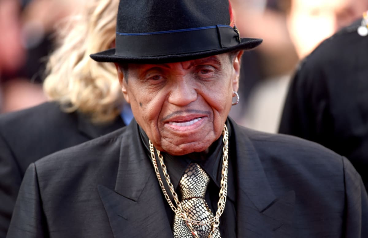 "Joe Jackson Says Quincy Jones 'Knows better"" Than to Accuse Michael Jackson of Stealing Music"