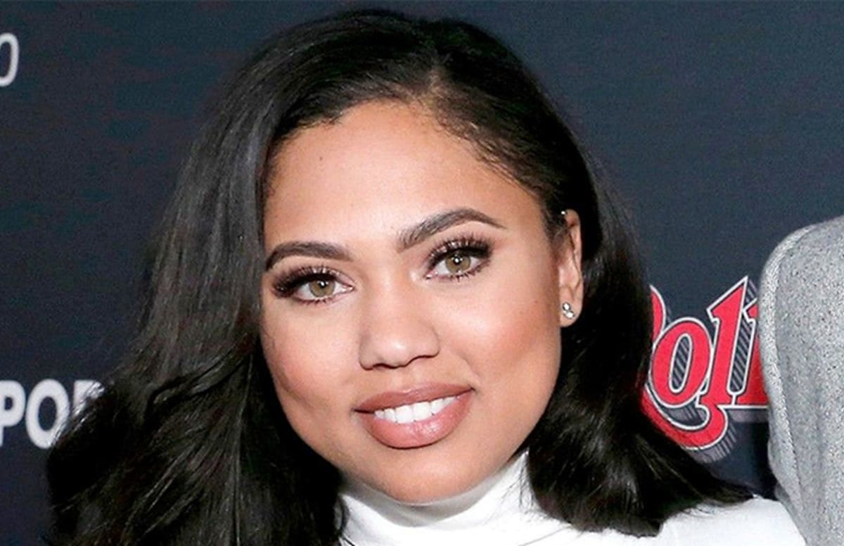 ayesha curry claps back at cavaliers fan who tried to go