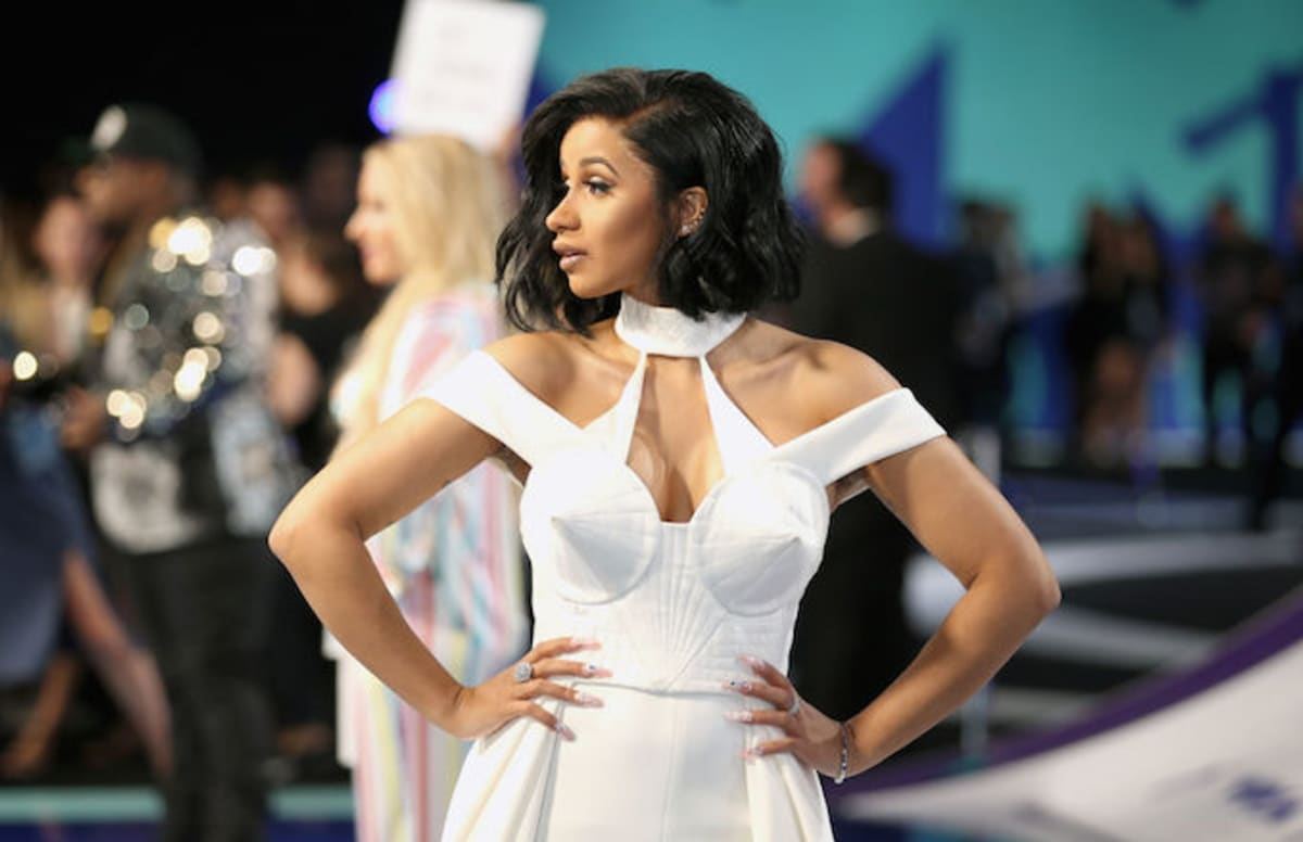 """Cardi B Gold: Cardi B's """"Bodak Yellow"""" Is Now Officially Certified Gold"""