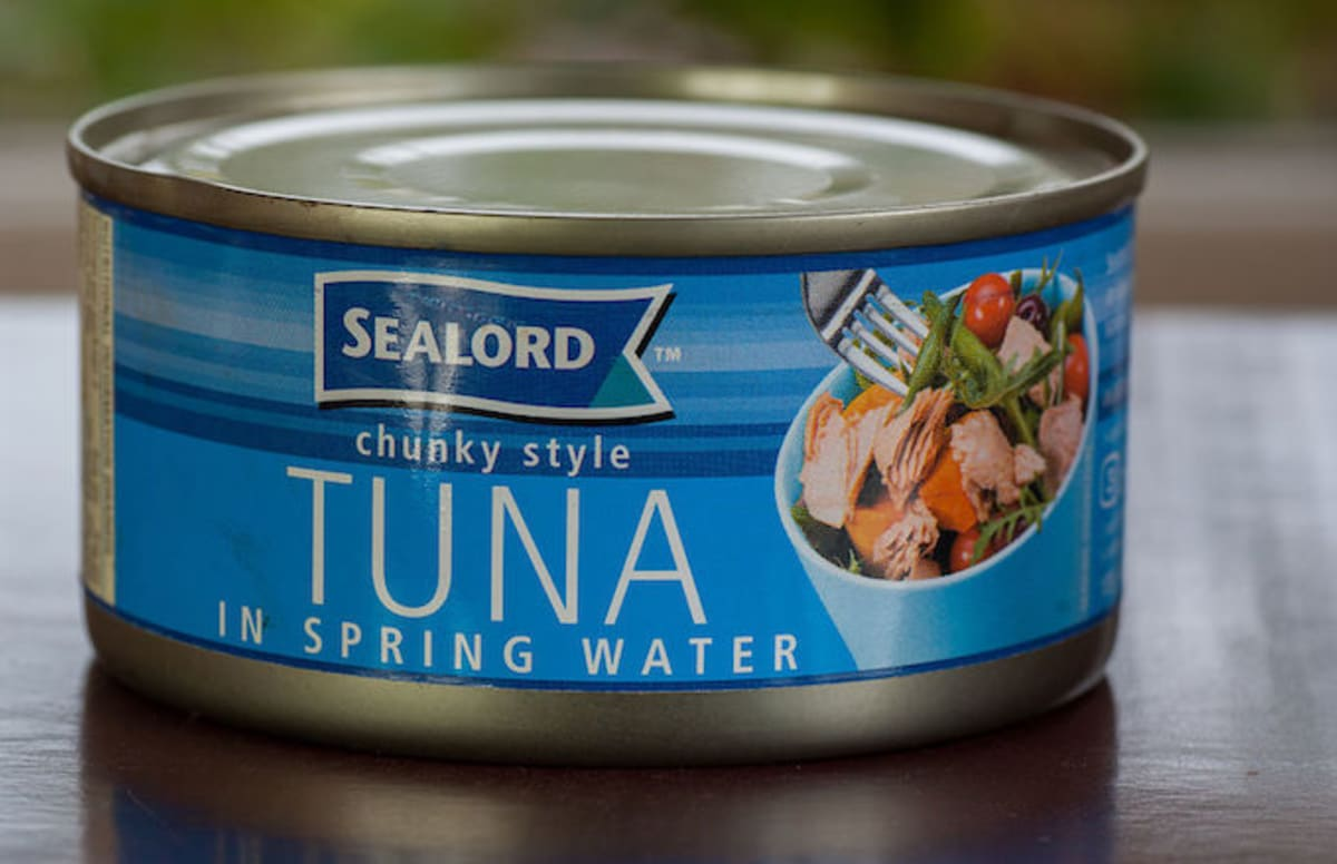 Millennials Struggle to Open Cans of Tuna on 'Kimmel'
