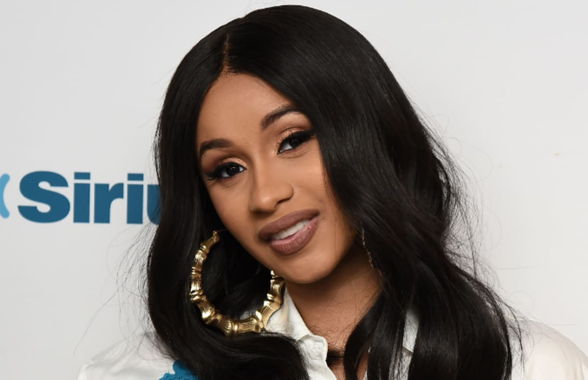 """Cardi B Reportedly Pursuing Legal Action Against Hackers: Cardi B Comes Through With """"I Like It"""" Video Featuring J"""