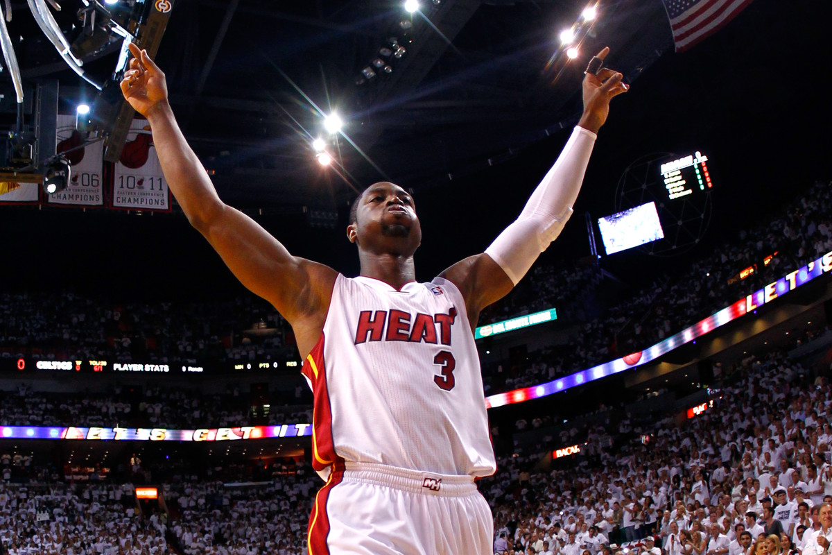 Dwyane Wade Talks Jimmy Butler's Miami Heat and LeBron James as the #WashedKing - Complex