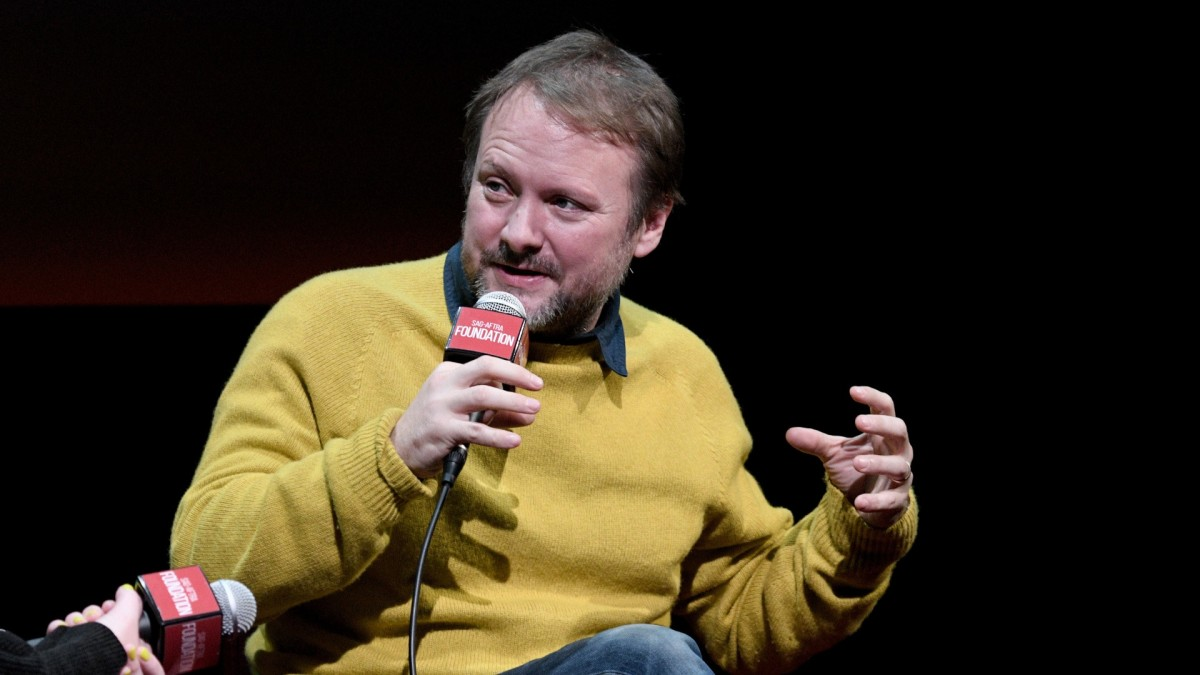 'Knives Out' Director Rian Johnson Says Apple Won't Allow Villains to Have iPhones on Camera
