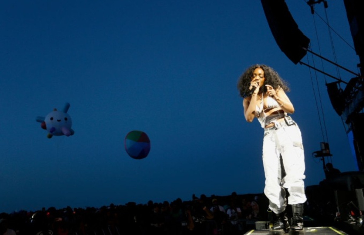 Sza Tour 2020 SZA Planning to Release a 'Little Project' Before Dropping New