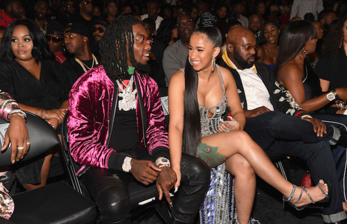 Offset Gets Cardi B S Name Tatted On His Neck Complex