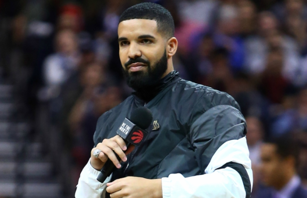 Drake and Twitch Streamer Ninja Broke a Record—and the Internet—Playing  Fortnite Together