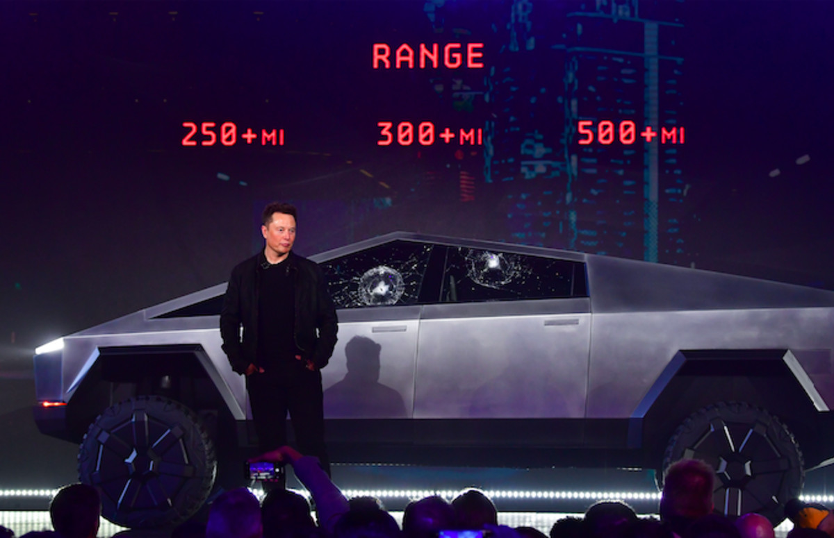 Elon Musk's Net Worth Plummets $768 Million After