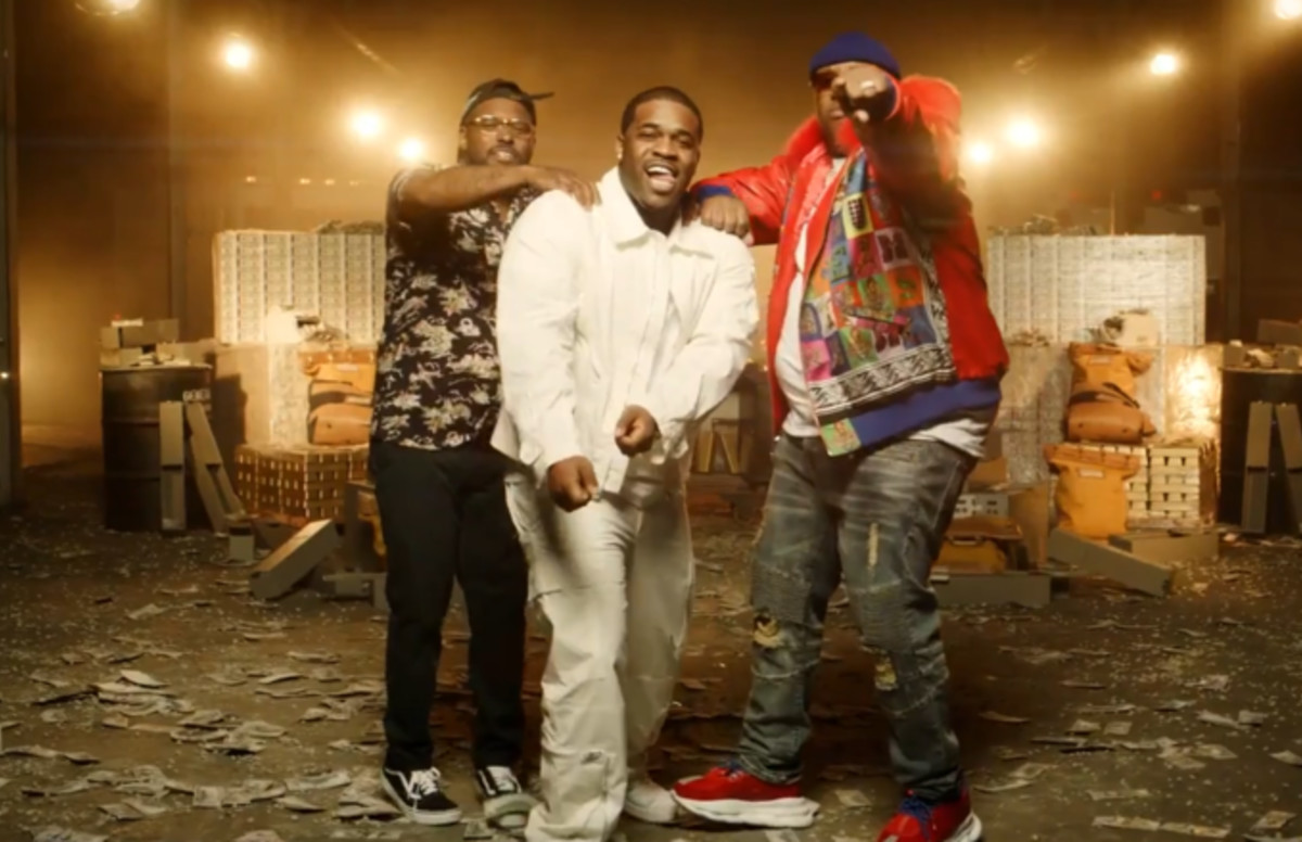 """Quavo, Schoolboy Q, ASAP Ferg, and Roddy Ricch Link Up With E-40 in """"Chase the Money"""" Video"""