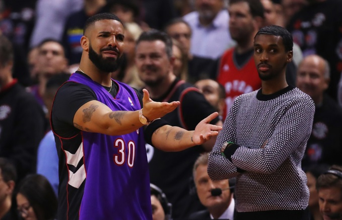 Here's How Drake Got That Dell Curry Raptors Jersey for Game 1 of the NBA Finals