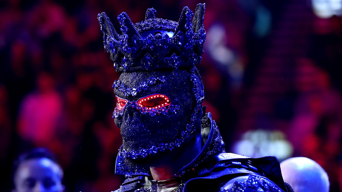 Deontay Wilder Claims Wearing 40-Pound Costume Before Tyson Fury Fight Left His Legs Dead