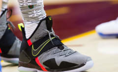 LeBron James Nike LeBron 14 On-Foot