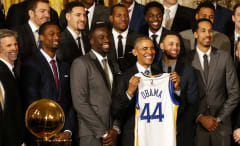 Obama Steph Curry Clay Thompson White House Warriors 2016
