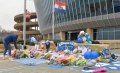 Royals fans pay tribute to deceased pitcher Yordano Ventura.