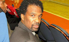 Ex NBA-player Charles Oakley.