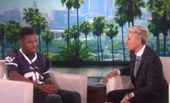 Ellen talks to a blind and deaf football player on her show.