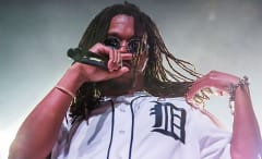 This is a photo of Lupe Fiasco.