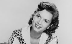 Debbie Reynolds photo.