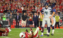 Seahawks kicker Stephen Hauschka reacts to missing a kick.