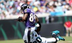 Steve Smith, Sr. outruns Jalen Ramsey during Ravens-Jaguars game