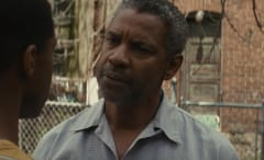 Denzel flexes his Oscar muscles in first 'Fences' trailer