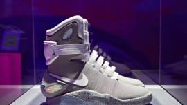 a286d293a44a Nike Mag 2016 3