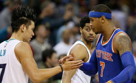 Jeremy Lin and Carmelo Anthony shake hands