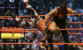 Undertaker Edge Over the Ropes 2008 Orlando