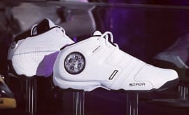 Dada Spinners Retro Sneakers