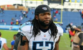 Quentin Groves during a game with the Titans.