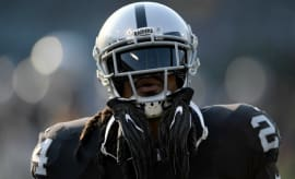 Marshawn Lynch practices with the Raiders.