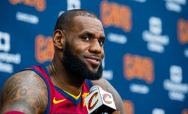 LeBron James speaks at Cavaliers' media day.