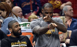 LeBron James Kyrie Irving Bench Cavs Heat 2017