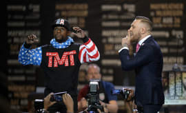 conor mcgregor presser with floy mayweather