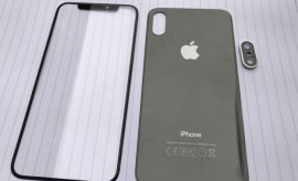 Rumored front and back panels for the iPhone 7s/iPhone 8.