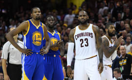 draymond green behind lebron james and kevin durant