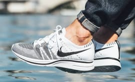 White Black Nike Flyknit Trainer On Feet 5