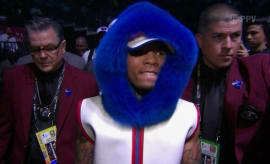 Gervonta Davis and his wild blue hoodie.