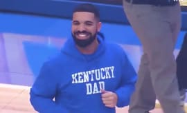 Drake attends Kentucky's Big Blue Madness event.