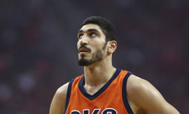 enes kanter in a thunder jersey