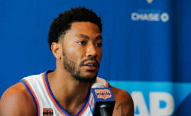 Derrick Rose at Knicks media day.